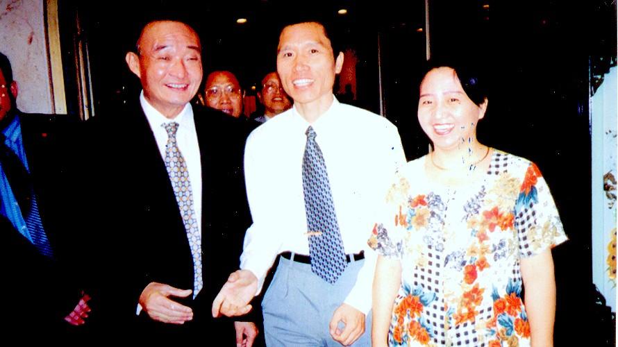 2000年11月吴邦国副总理访问苏丹时接见中资企业家代表陈牧同志-001.jpg