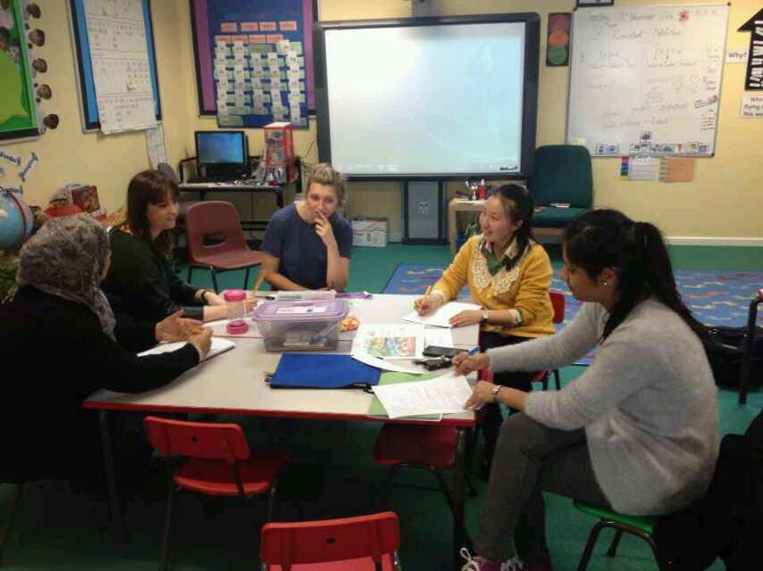 上海教师在英国组织英方教师教研活动.jpg