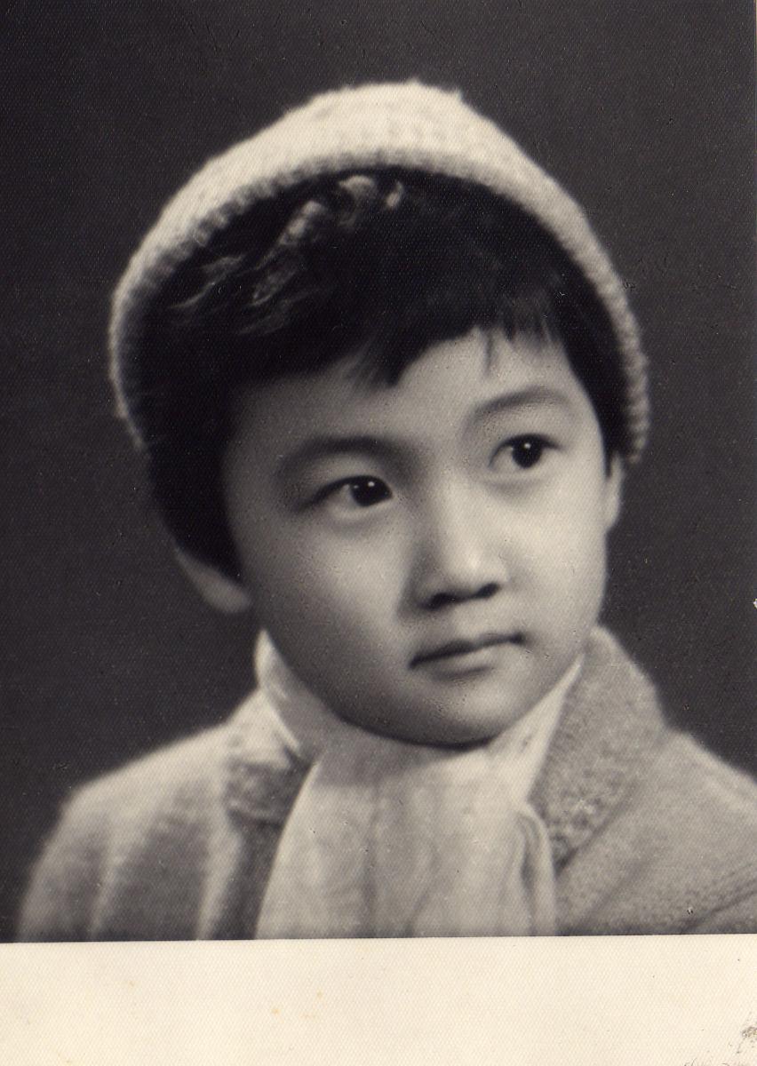 童年盛姗姗,摄于1963年.JPG