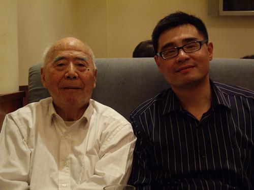 钱谷融先生接受本书作者采访(2008年春).JPG