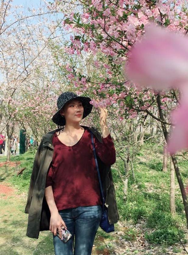 2018年4月手术后不久在顾村公园踏青.jpg